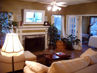 The front entrance room of the Bear Creek Retreat.